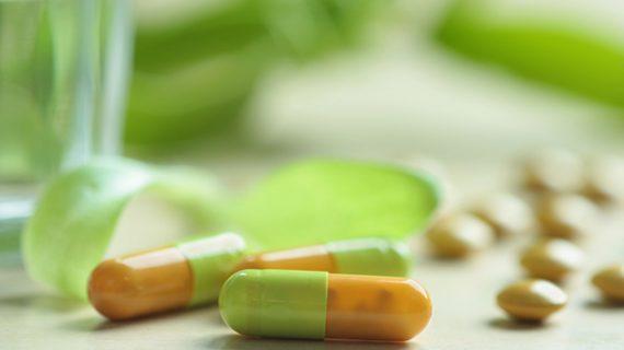 عوارض و خواص ویتامین E برای زنان و مردان